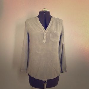 Military style chic blouse